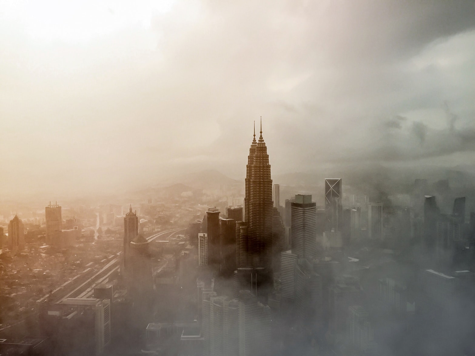Deteriorating Air Quality KL